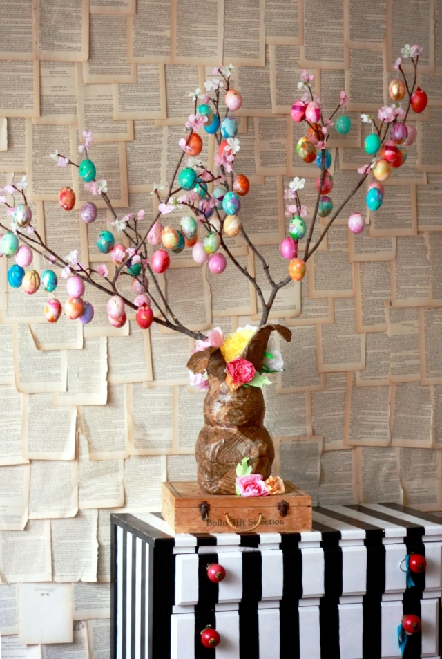 Decorate Christmas Tree For Easter : Take a small tree own easter eggs decorating ideas