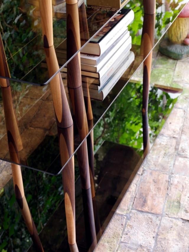 "Design shelf ""crystal Sendai"" is reminiscent of bamboo sticks high"
