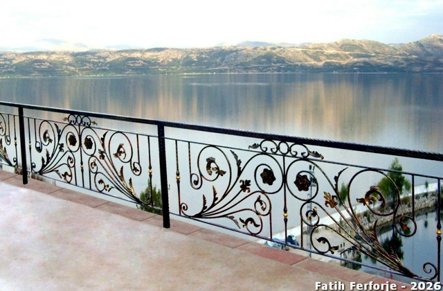 Wrought Iron In Architecture 107 Fences And Railings Interior Design Ideas Ofdesign