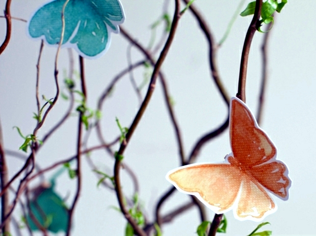 Tinkering soft paper butterflies - decorating ideas for Easter 2014