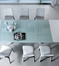 extending-table-in-white-room-brings-sophistication-and-purist-look-0-339