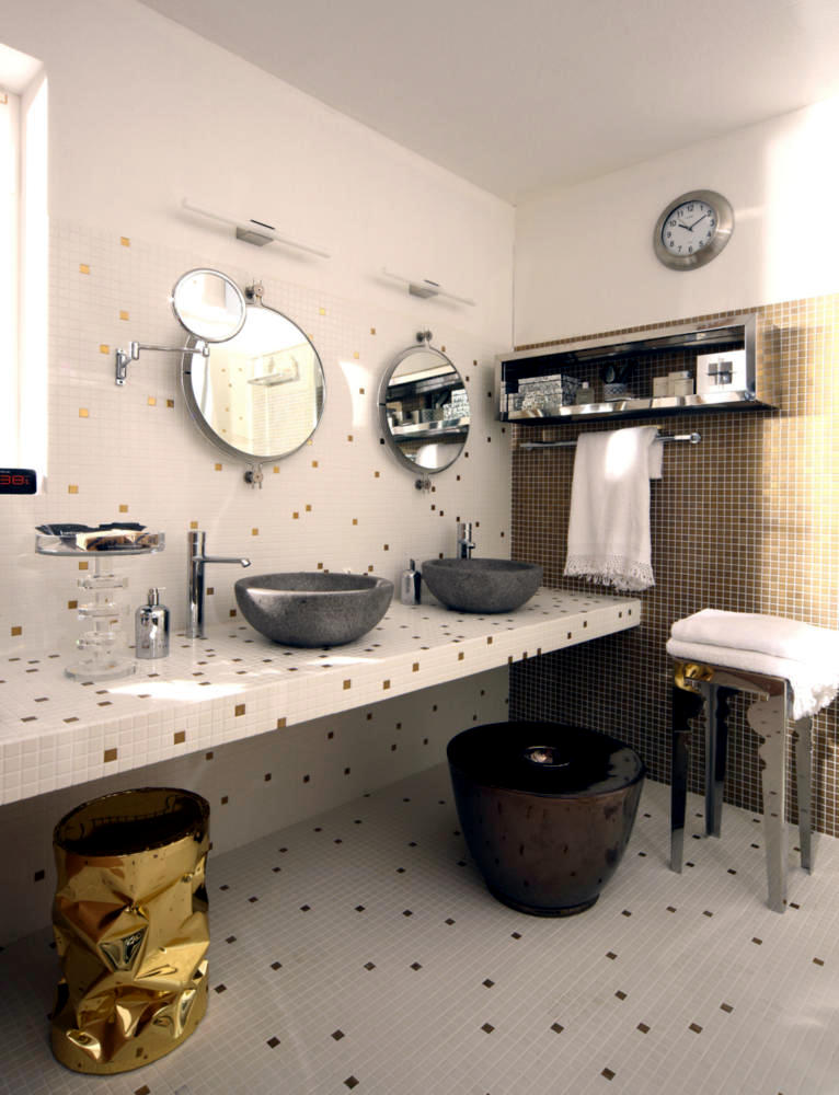 Bathroom with mosaic tiles meets silver and gold for Bathroom design courses