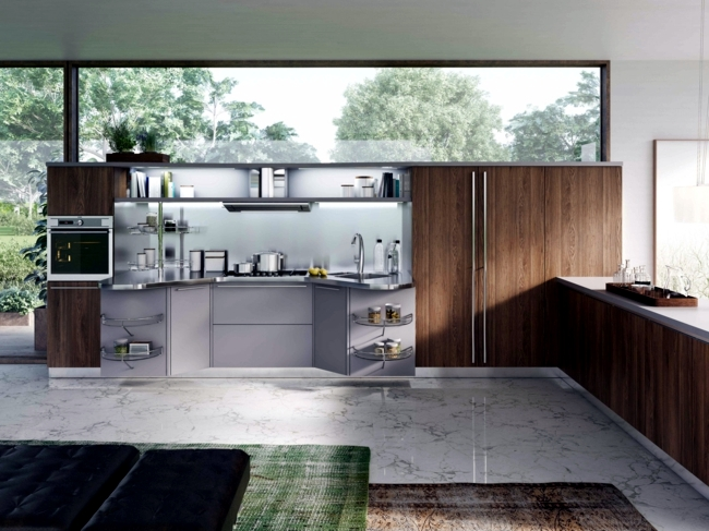 Kitchen with island - Excellent design and very functional