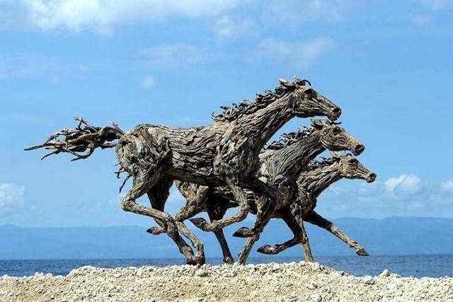 Amazing horse sculptures, life-size James Doran Webb
