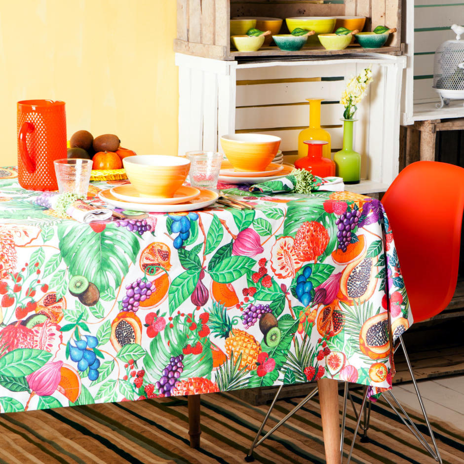 Energy At The Breakfast Table With Warm Colors Interior