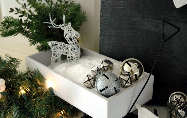 These craft ideas with Christmas bells brings the spirit of Christmas!