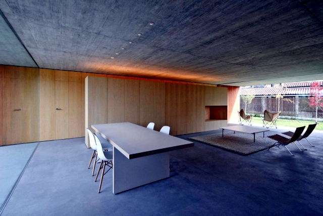 One Storey Flat Roof Of Minimalist Concrete And Wood