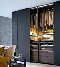 wardrobe-with-sliding-doors-a-wonderful-storage-space-under-0-364