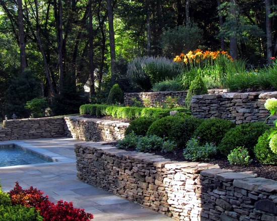 Retaining Wall Backyard Hill : 79 ideas to build a retaining wall in the garden ? slope protection