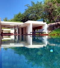 luxury-villa-in-thailand-surrounded-by-woods-and-rocks-0-371
