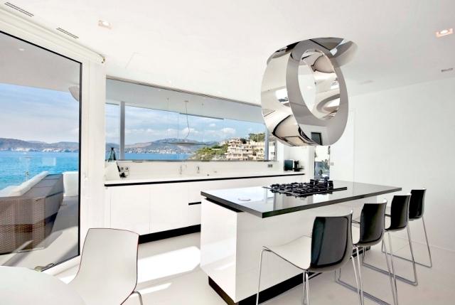 Mallorca gorgeous golden luxury villa located directly on the sea