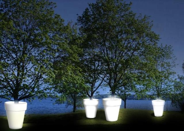 Plastic Pot holder impressive scene in trees