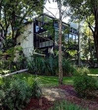 massive-concrete-residential-house-an-oasis-of-peace-and-serenity-0-388