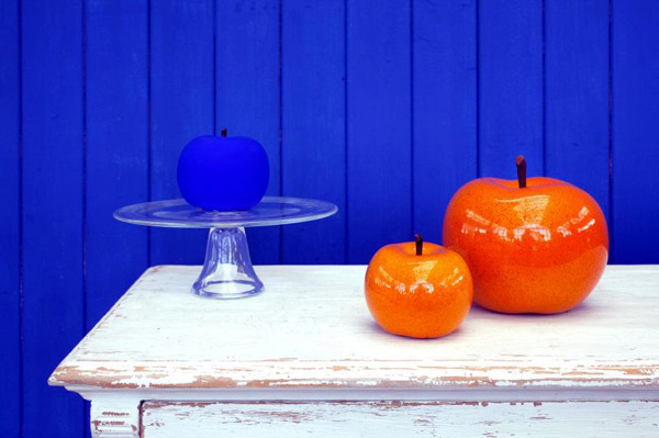 collection of brazilian designer lisa pappon called paradise in the center of the design of the house and garden decoration is the apple as a symbol of the - Home And Garden Decorating