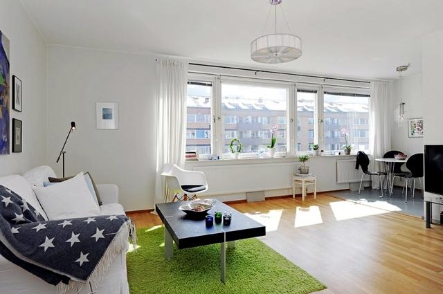 Decorating ideas for small studio apartment