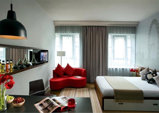 Decorating ideas for small studio apartment | Interior Design Ideas ...