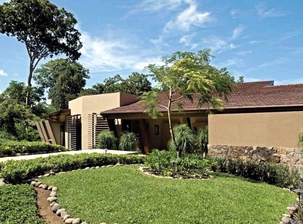 Luxury villa in Costa Rica offers stunning sea views