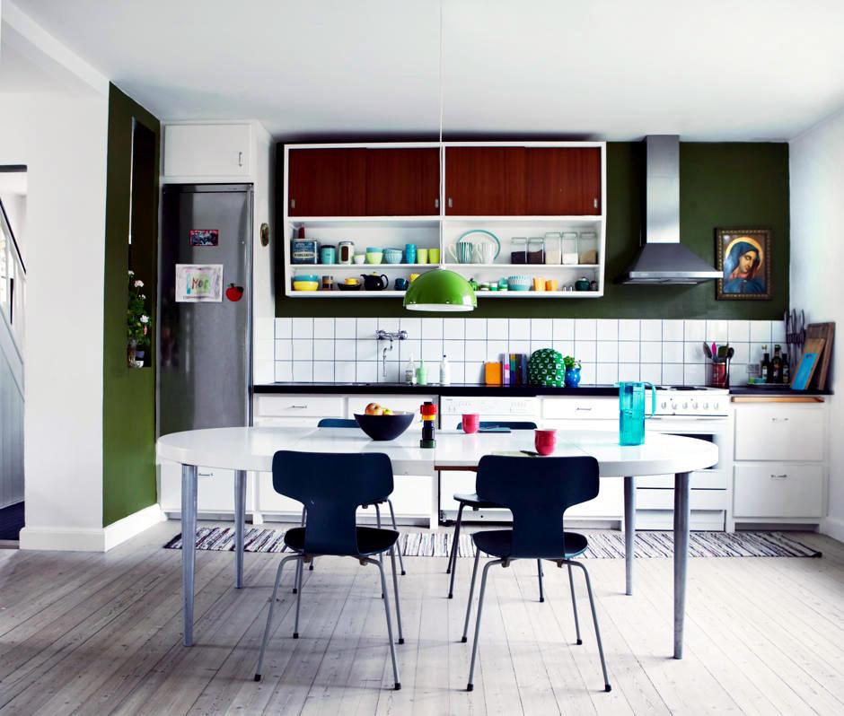 Dark Green Wall Interior Design Ideas, Dark Green Walls Living Room Ideas
