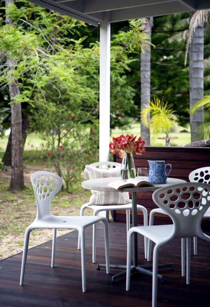 design-chairs-for-the-patio-0-413