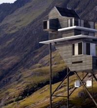 the-unique-design-3d-home-challand-benoit-takes-on-long-stilts-0-414