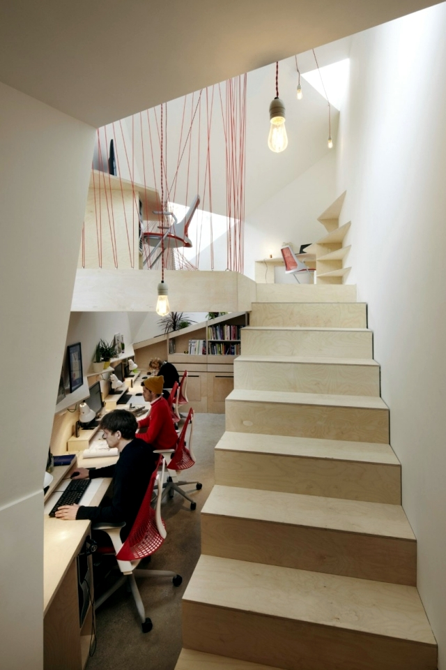 Contemporary Home features of Live Earth and a workshop
