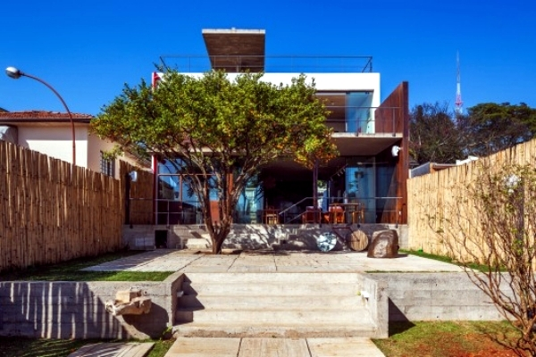 Pepiguari House - a designers home with southern comfort