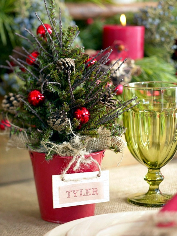 Table Decoration Craft Ideas for Christmas festive Christmas Eve ...