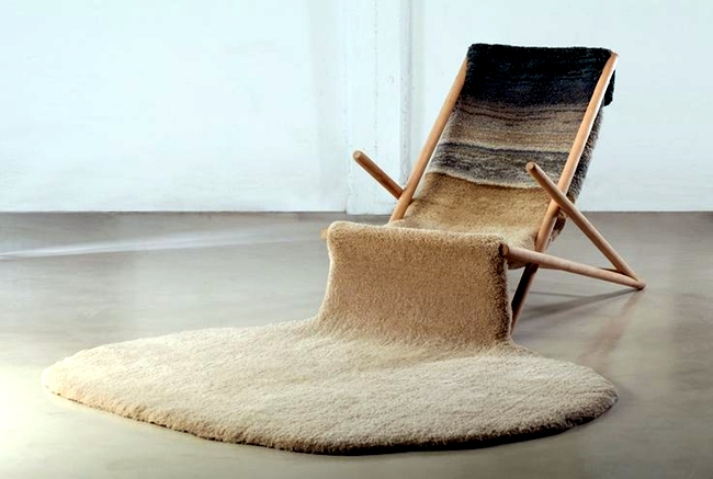 Natural materials inside - Furnish with light wood