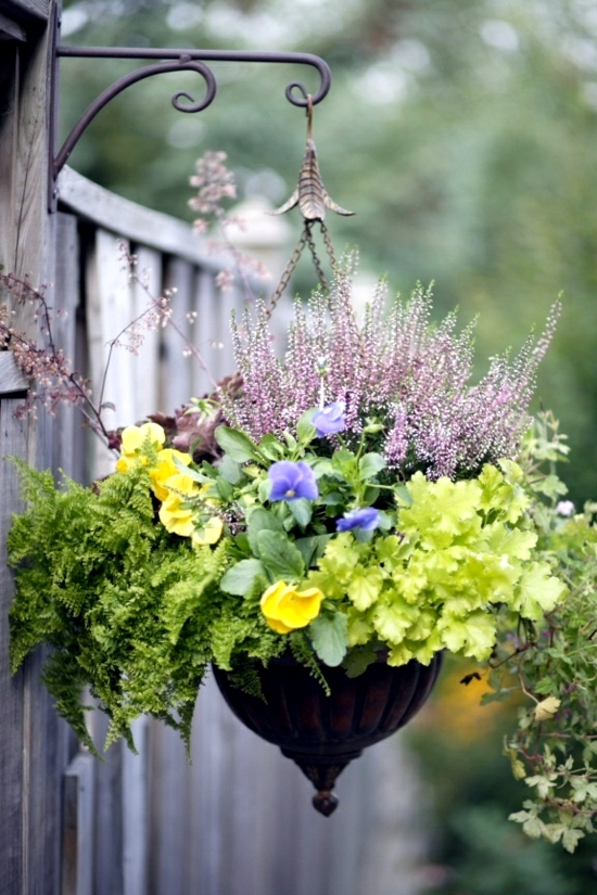 Garden Ideas For Making Your Own Planting Flowers In The