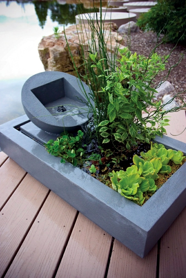 Creating a mini-pond - a small oasis on the balcony