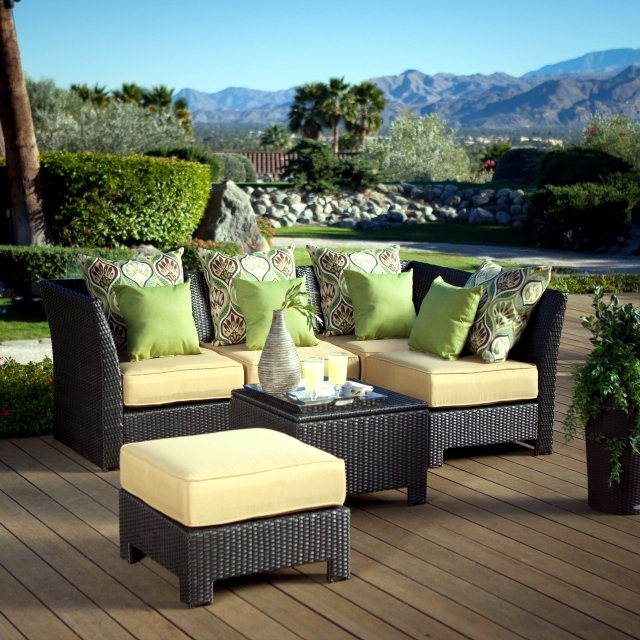 Poly rattan garden furniture on Trend - Cheap, durable and easy to clean