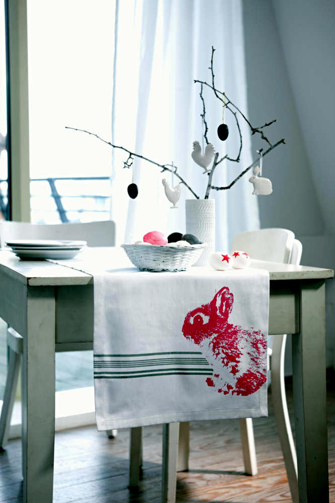 table-decorations-and-white-pattern-of-rabbit-0-431