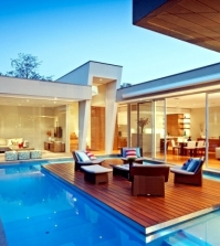 modern-house-in-canterbury-a-wooden-deck-by-the-pool-0-435