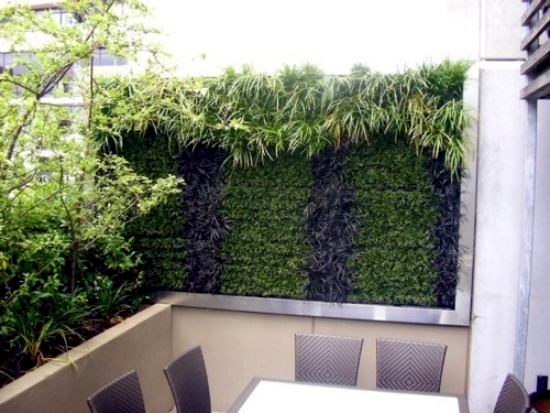 Balcony vertical greening and effective and inexpensive for Balcony vertical garden