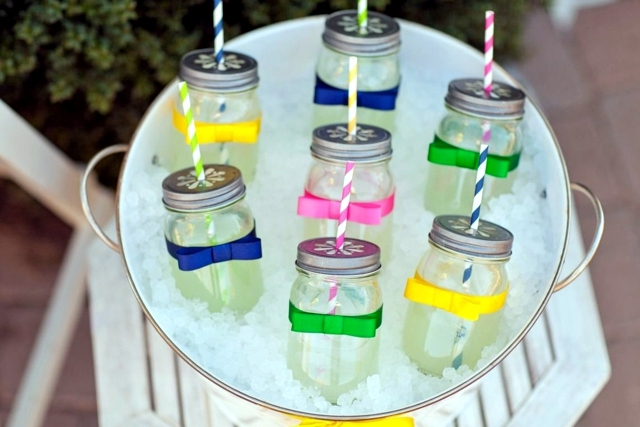 Crafts for Easter - jam jars can replace Easter baskets