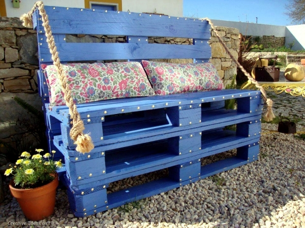 Ideas for creative use of wooden pallets in the garden