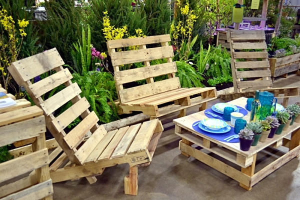 contemporary garden ideas using wooden pallets vertical wood - Garden Ideas Using Pallets