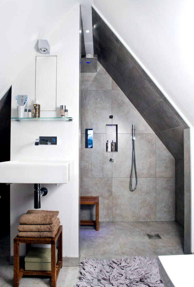 Shower in the attic | Interior Design Ideas - Ofdesign