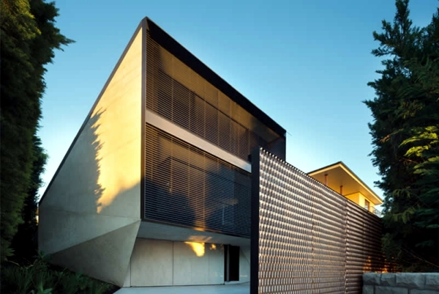 K House in Sydney - concrete house roof in a geometric design