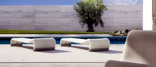 Elegant shaped lounge furniture outdoor oasis for wellness