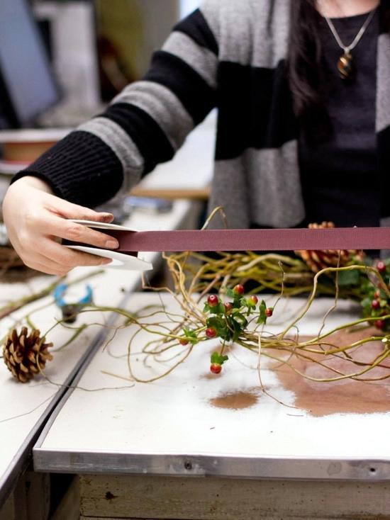 Door Wreath From Natural Materials Craft Decorating Idea