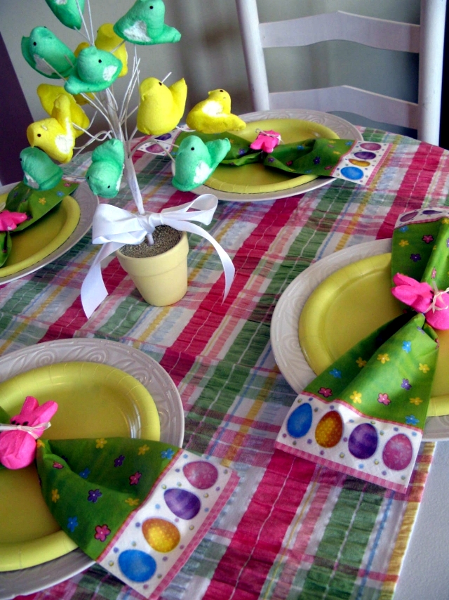 Table Decorations Easter is the happiest and most beautiful celebration
