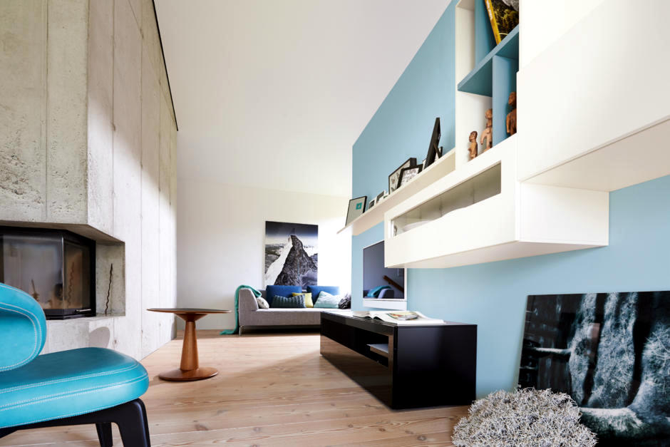 Ofdesign : bright blue walls - amorenlinea.org