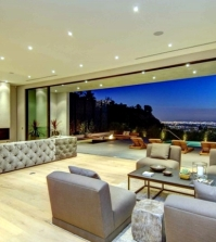 glass-fronted-building-offers-spectacular-views-of-the-skyline-of-los-angeles-0-471