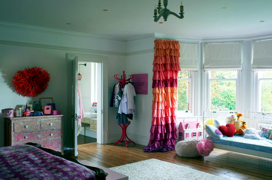 Tent In Pink And Orange Interior Design Ideas Ofdesign