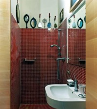 idea-of-creative-decorating-with-hand-mirrors-0-492