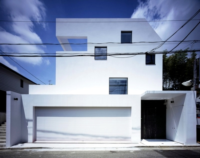 Kre House Is A Modern With Garage For Car New Sport The Japanese Architecture Firm Office No555 Designed Hardcore Sports Enthusiast