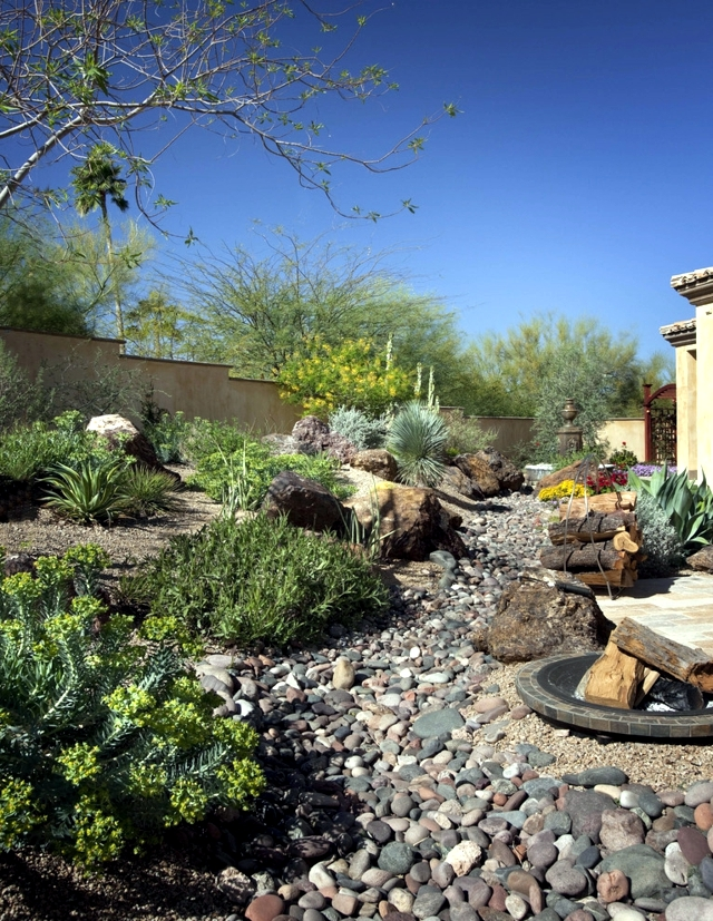 Creating a rock garden - 20 superb examples of garden ...