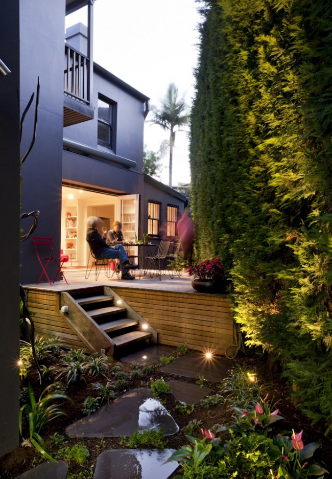 The design of a small but beautiful courtyard terrace