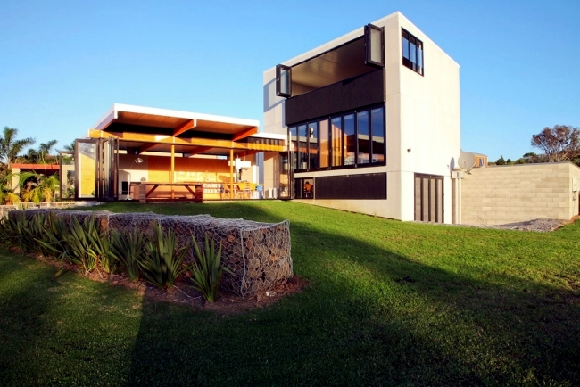Start on the coast of New Zealand with an insert of glass wood and attractive